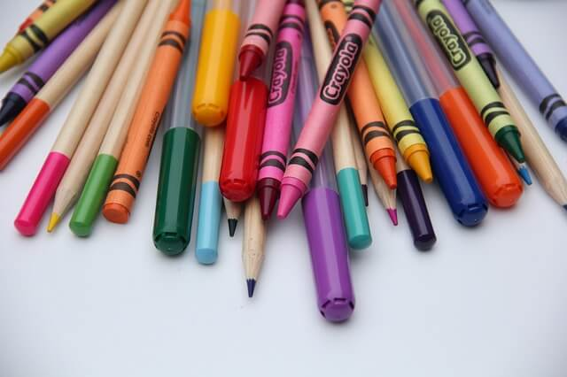 31 Remarkably Creative Activities For Kids- markers and crayons