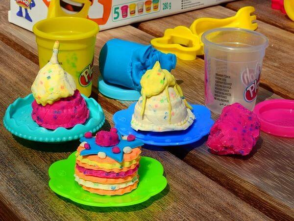 31 Remarkably Creative Activities for Kids- play dough