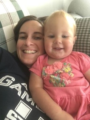 13 ways to be a happy stay at home mom-happy mom and child