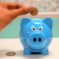 how to save money- tips to try today piggy bank